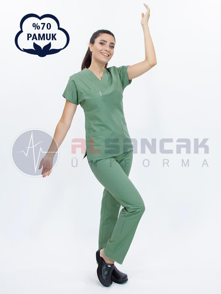 Kadın Yarasa Kol Cottoncool® Zeytin Yeşili Doktor ve Hemşire Forması Takımı